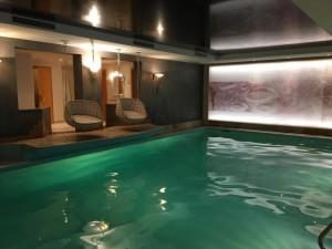 pool_schaukeln